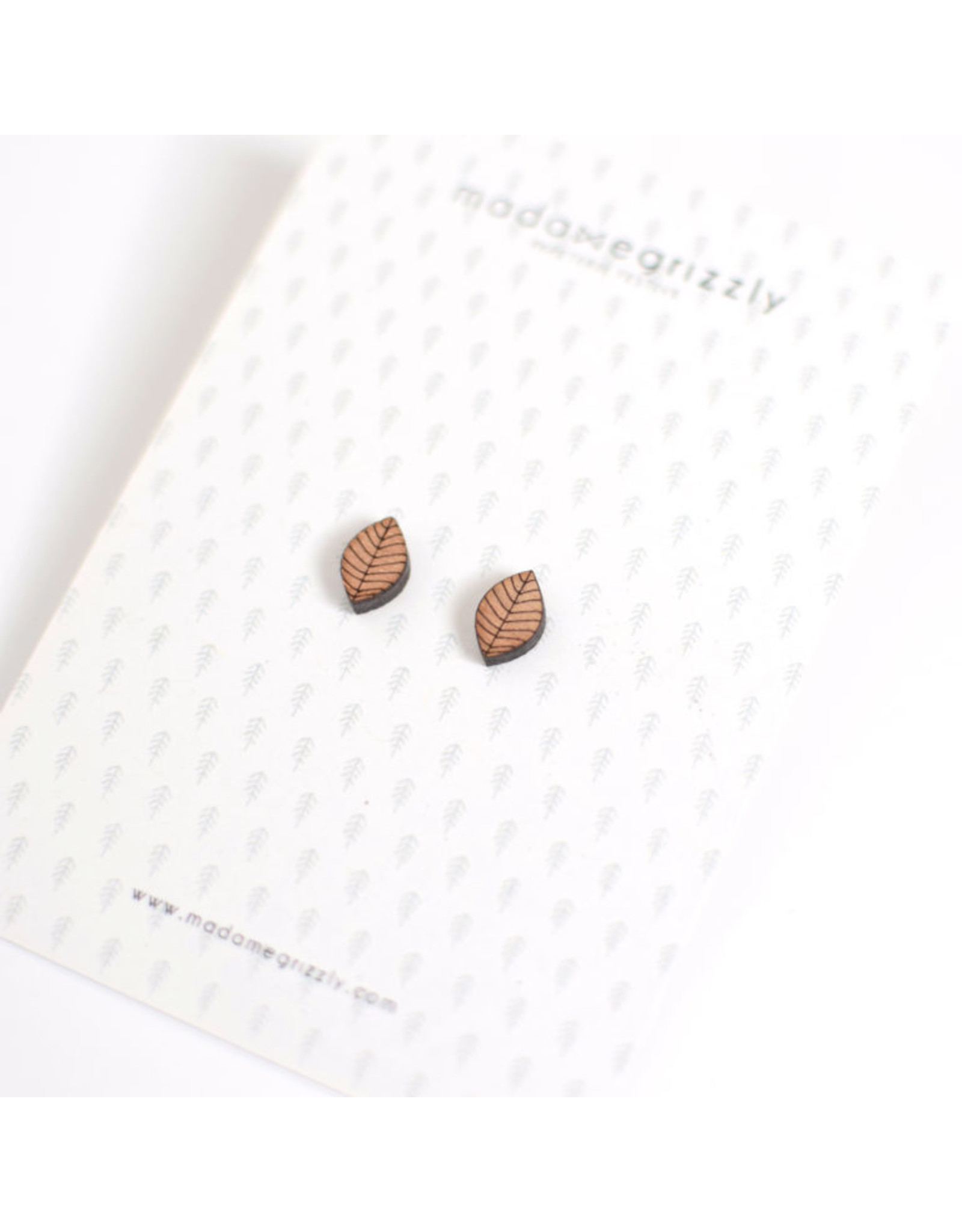 Madame grizzly boucles d'oreilles feuille