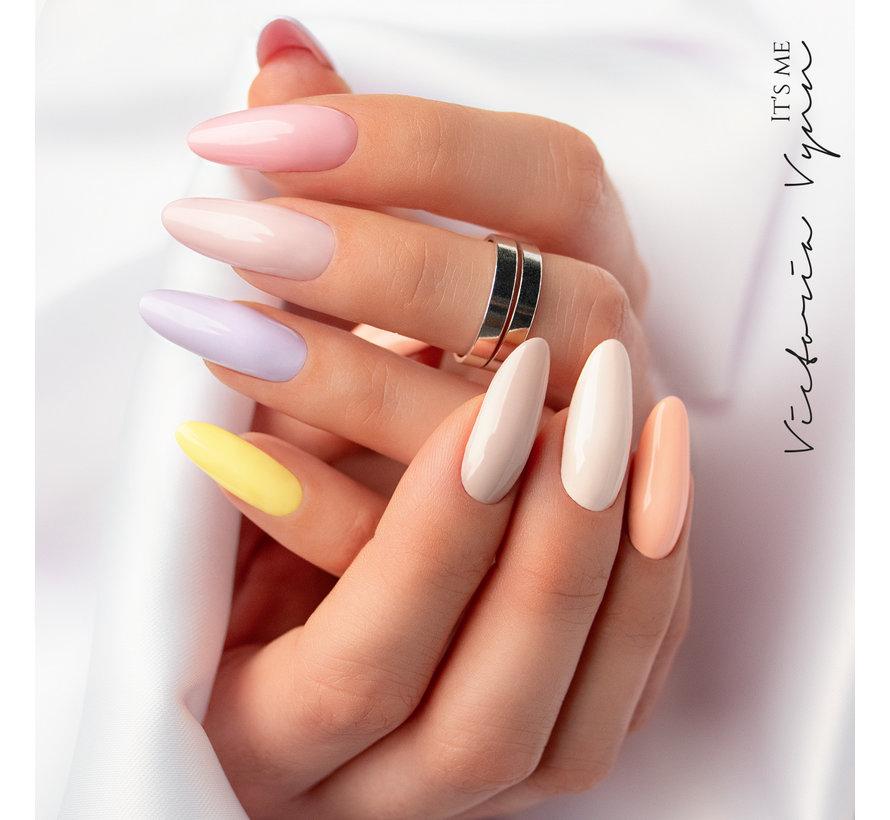 Victoria Vyn Gellak   Gel Nagellak   Pure Sweet Summer Collectie   172 Yellow Delight   8 ml.   Lichtgeel
