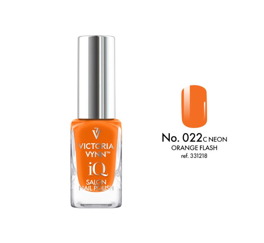 Victoria Vynn   iQ Nagellak   022 Orange Flash   9 ml.   Oranje