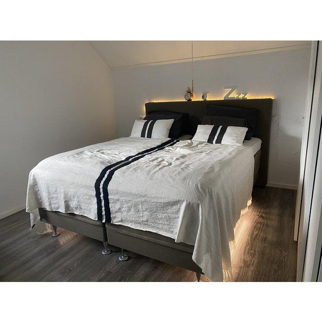 LED strip bedverlichting met sensor complete set warm wit licht 3000K - Geschikt voor 2 persoonsbed