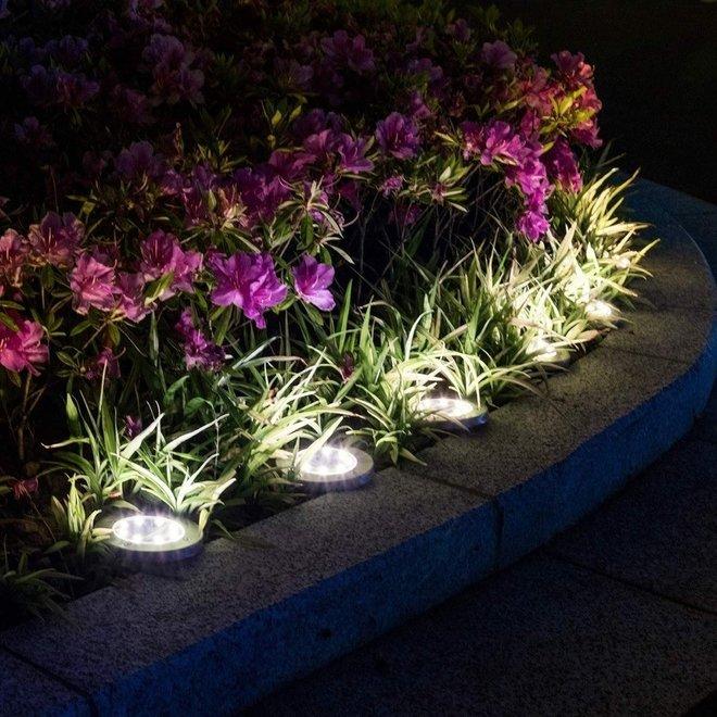 Solar LED Grondspots - Set van 4 stuks Tuinverlichting Spots - Padverlichting op Zonne Energie - Waterdicht en Milieuvriendelijk