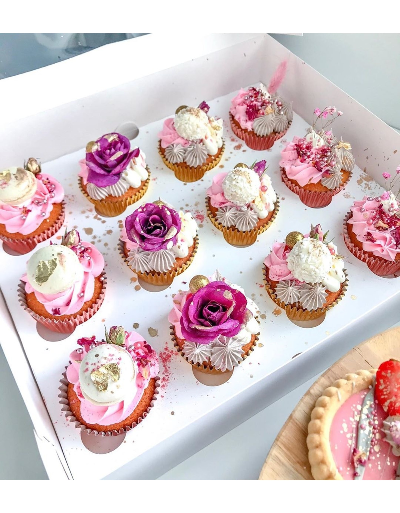 Witte hoge doos voor 12 cupcakes (25 stuks)