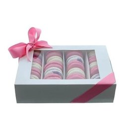 Box for 24 macarons (50 pcs.)