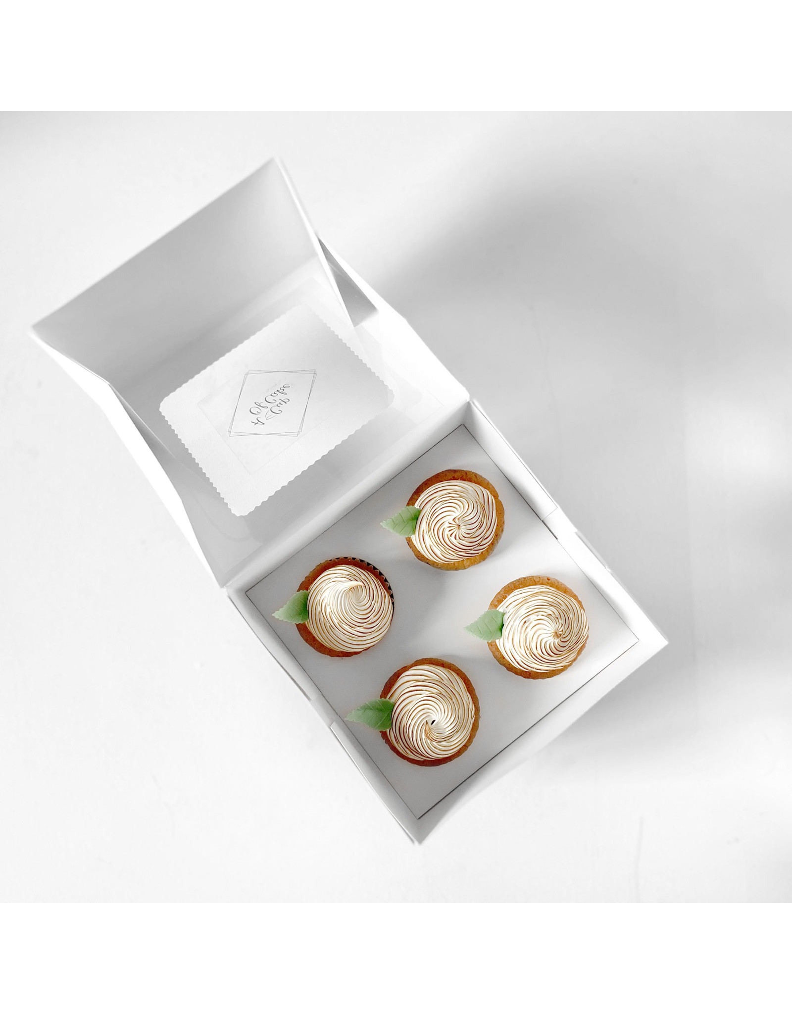 Economy box for 4 cupcakes (per 10 pieces)