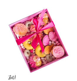 Pink sweets box with clear lid (50 pcs.)