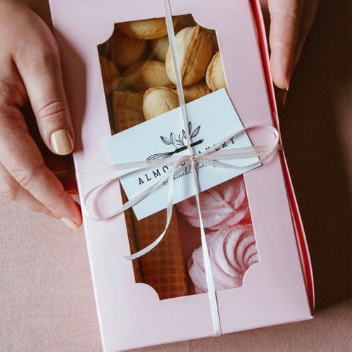 Sweets boxes with a clear window