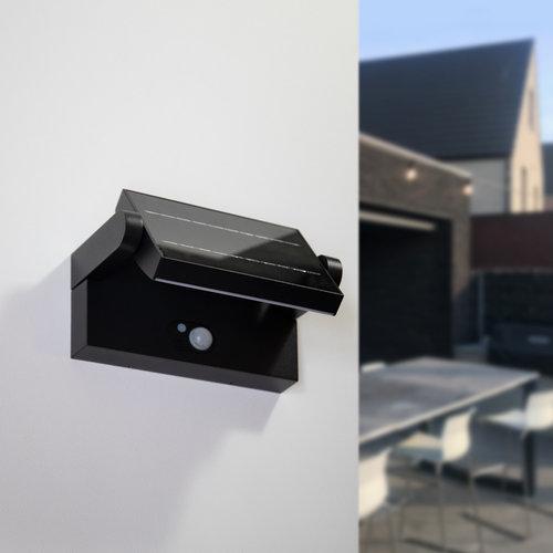 Verstellbare Solar-Wandleuchte Berlin mit Sensor - schwarz