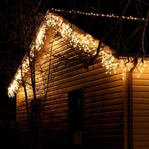 LED Eiszapfen Lichterkette   9 Meter mit 342 Lichtern - warmweiß