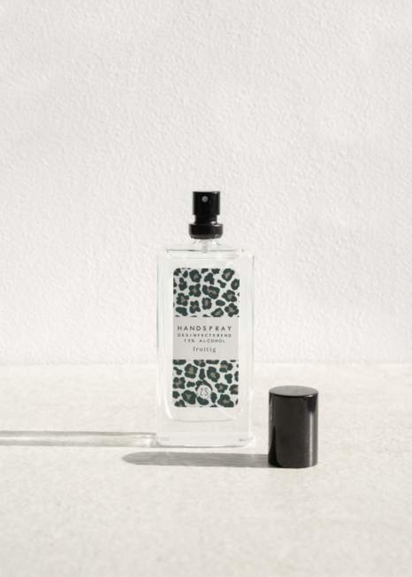 ZUSSS Desinfecterende handspray met geur kruidig