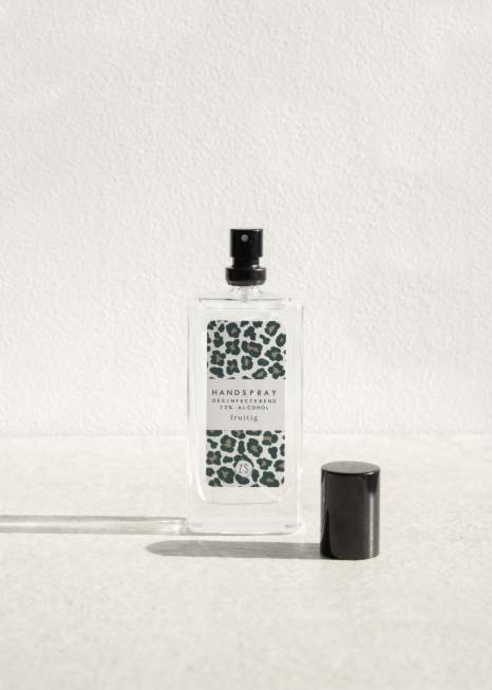 ZUSSS Desinfecterende handspray met geur bloemig