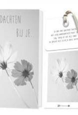 FLOWERCARDS Geurwenskaart In gedachten bij je ...