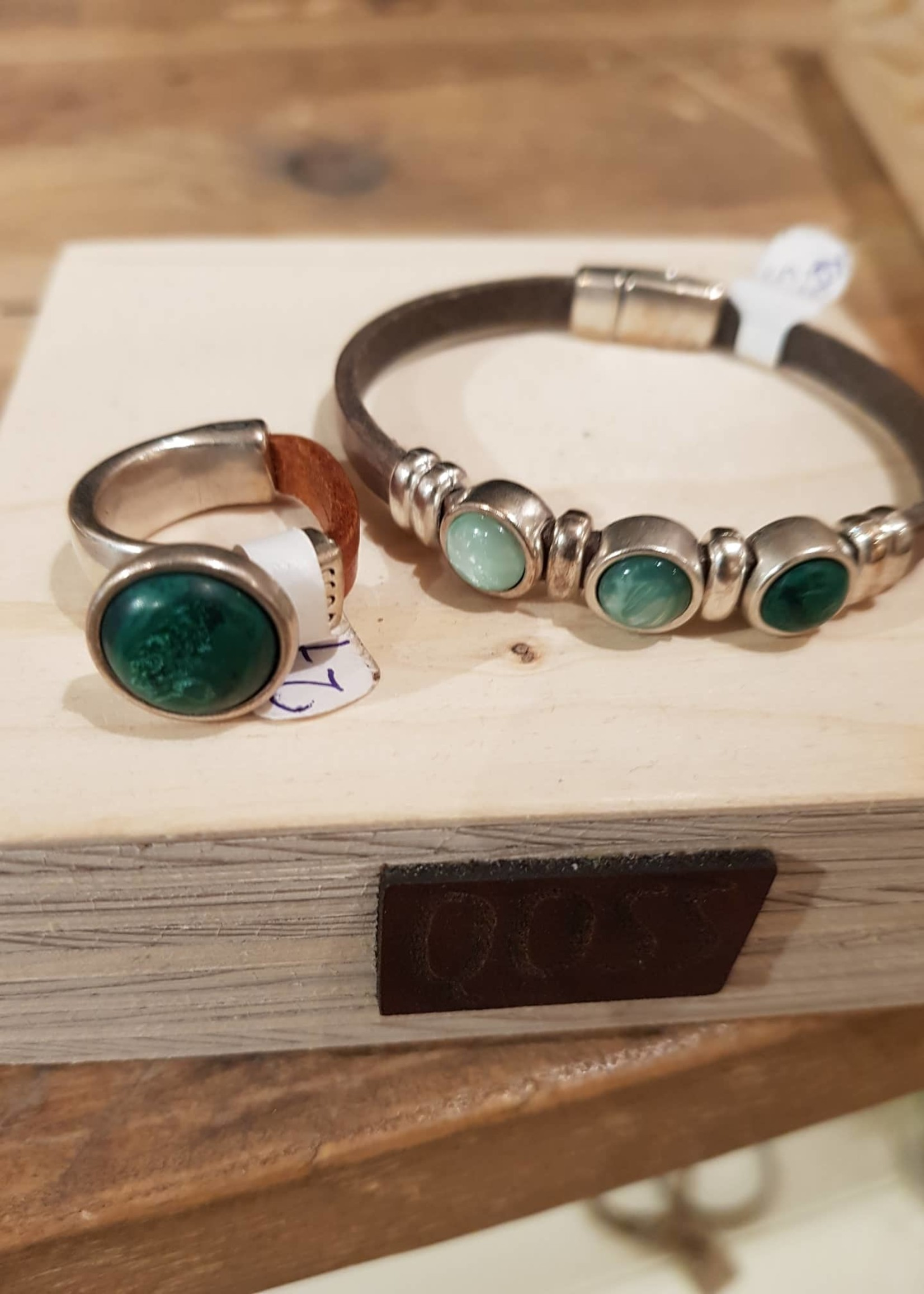 QOSS Olivia  ring naturel - mosgroen bol