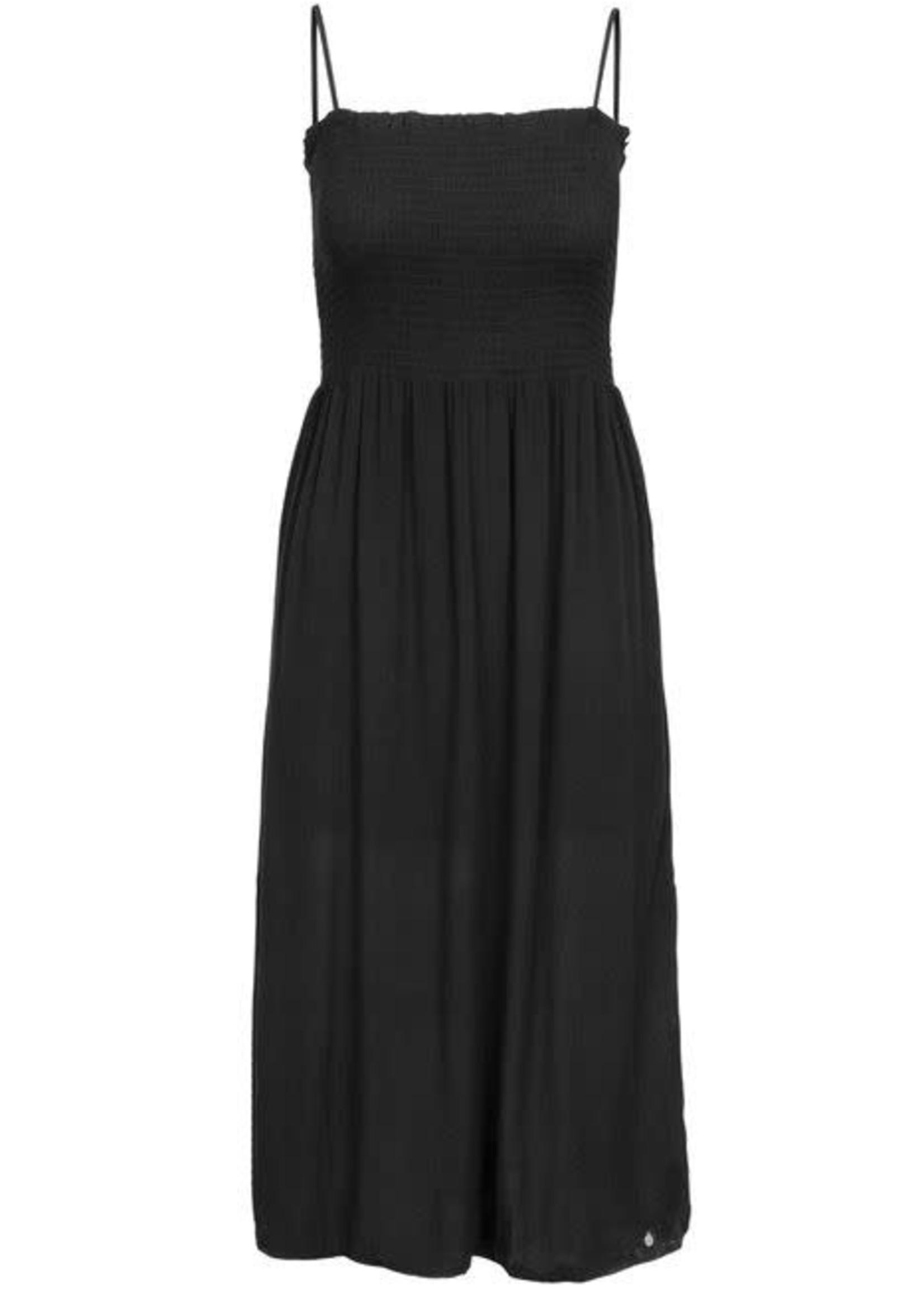 ZUSSS Lange gesmokte jurk zwart