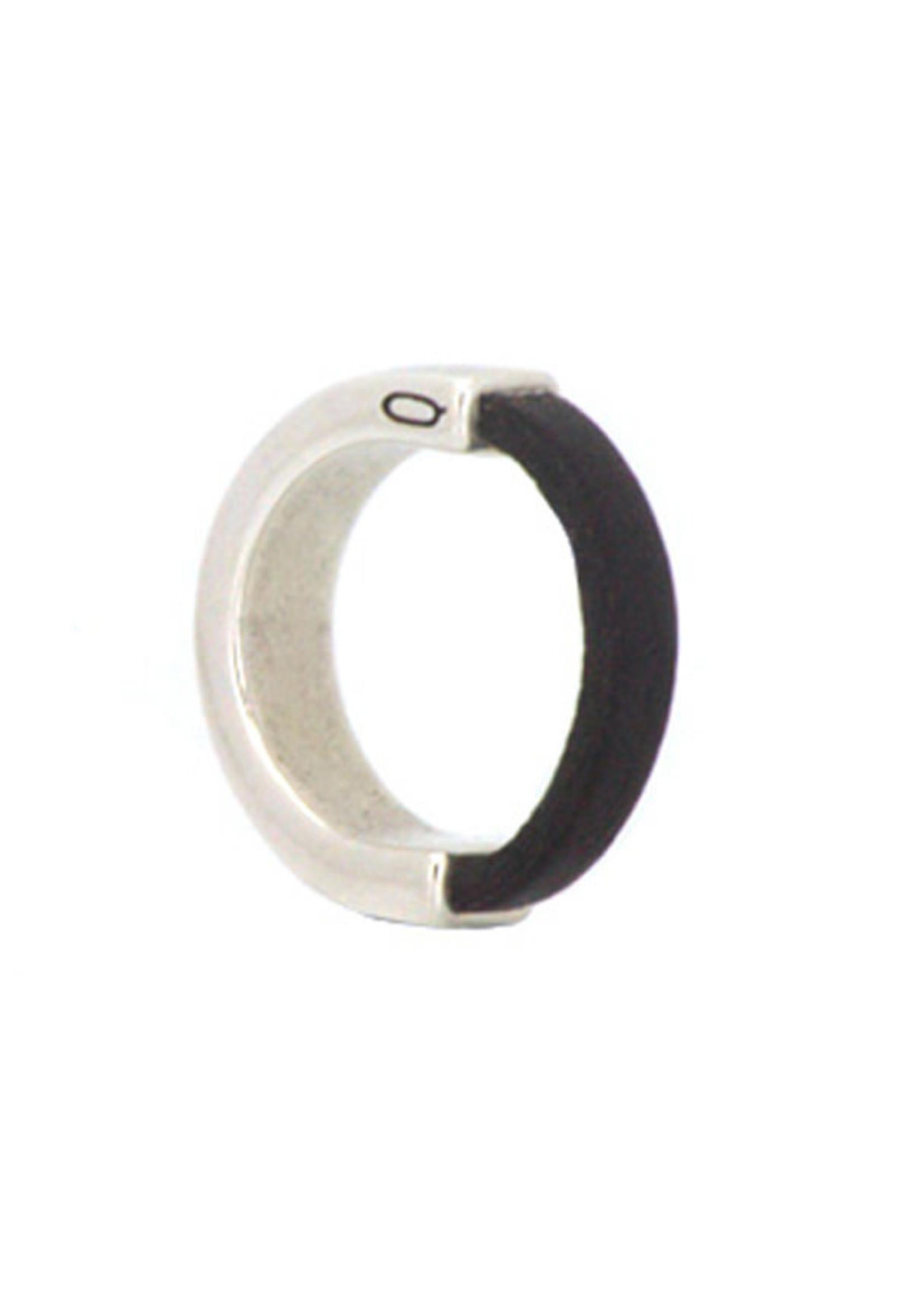 QOSS Gijs ring zwart leer half metaal
