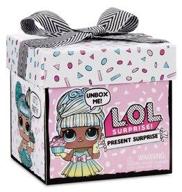 L.O.L. L.O.L/ LOL Surprise Present Surprise
