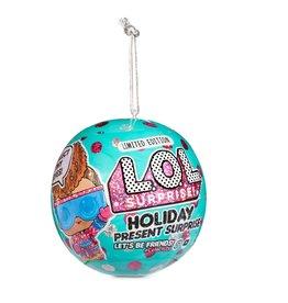 L.O.L. L.O.L./LOL Surprise! Holiday Present Surprise Dolls with 7 Surprises including Surprise Tiny Elves