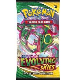 TCG Pokémon Sword & Shield Evolving Skies Booster Pack POKEMON