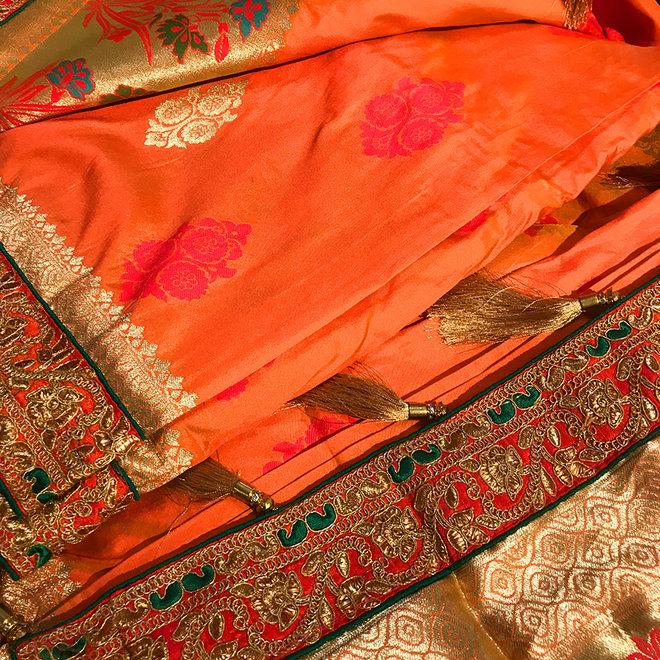 Sari aus 100 % Seide in Orange