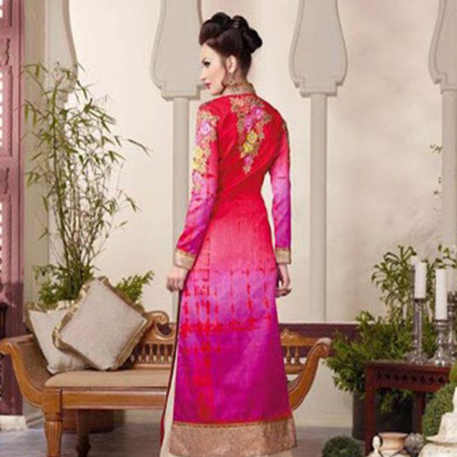 Elegantes Salwar in Pink, Creme