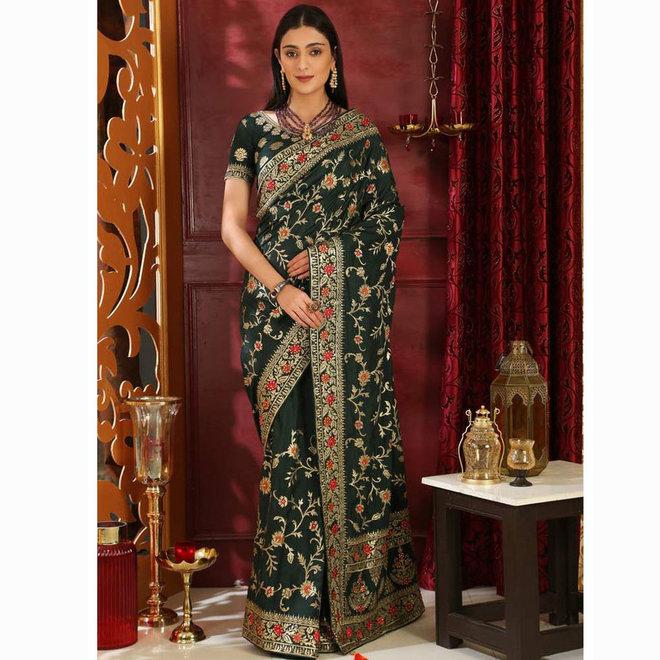 Sari aus Seide in Dunkelgrün bestickt