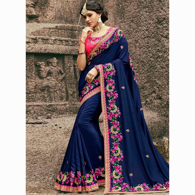 Exklusiver Sari bestickt in Blau mit floralen Mustern