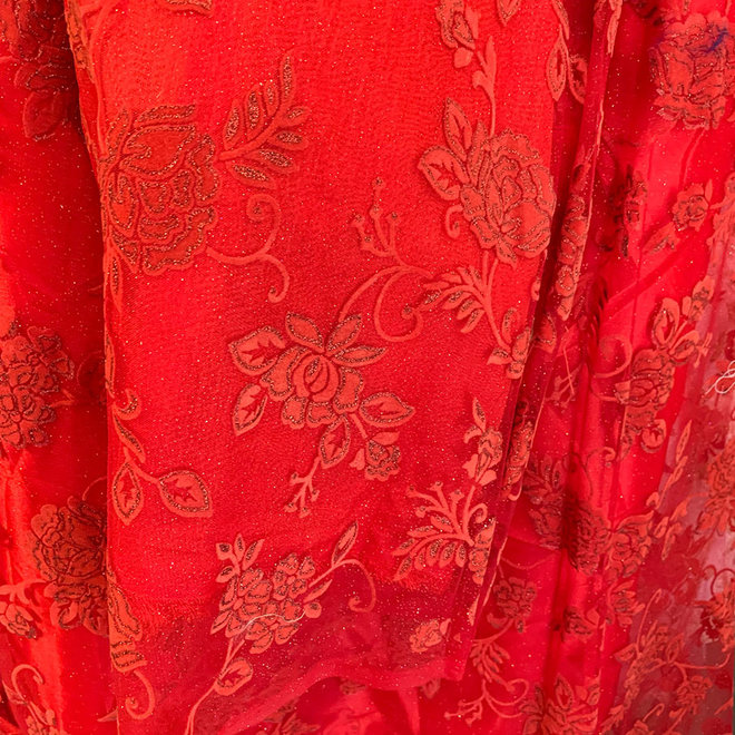 Lehenga Choli in Rot auf Mass
