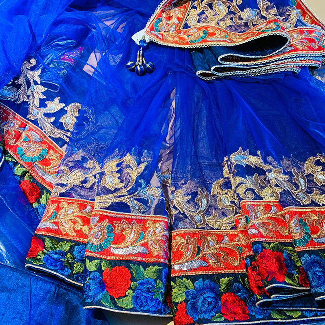 Sari  in Blau Feintüll (Komplettset)