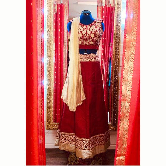 Lehenga Choli in Rot und Gold