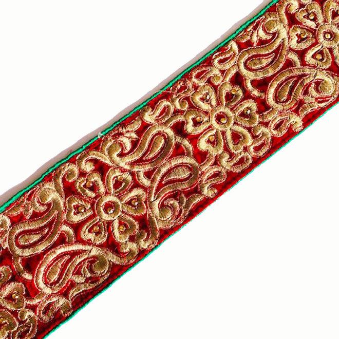 Indische Borte aus rotem Samt