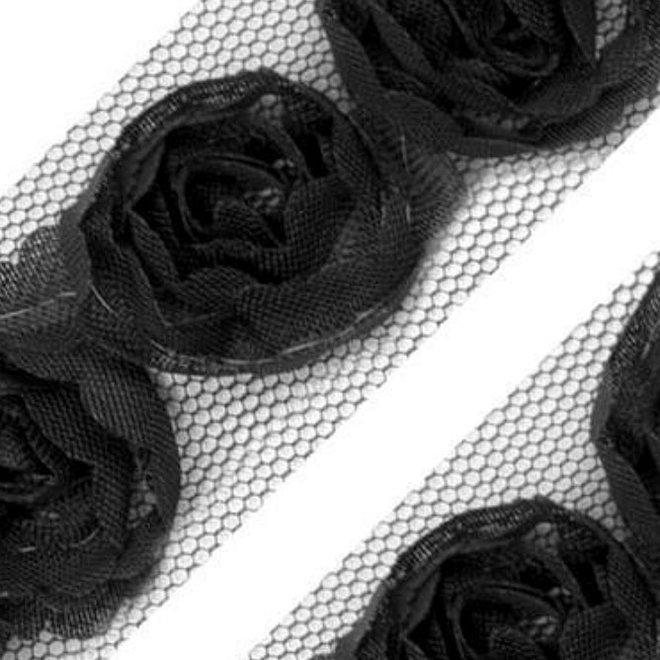 Tüllborte mit Rosen