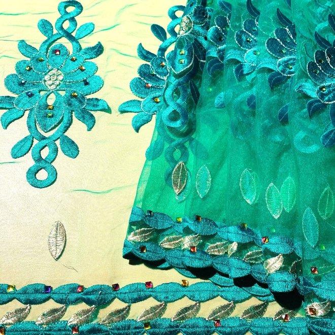 Indischer Schal bestickt in Grün