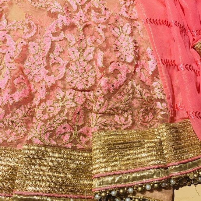 Eleganter Lehenga Sari Rosé