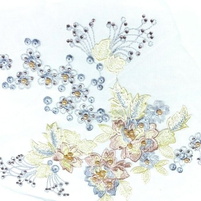 Spitzenapplikation in Pastell 3D