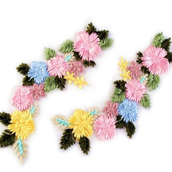 Blumenapplikation bunt