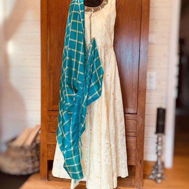 Elegantes Salwar in Beige