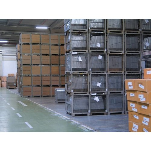 DIN Gitterbox 1240x835x970mm, gebruikt UIC Norm 435-3
