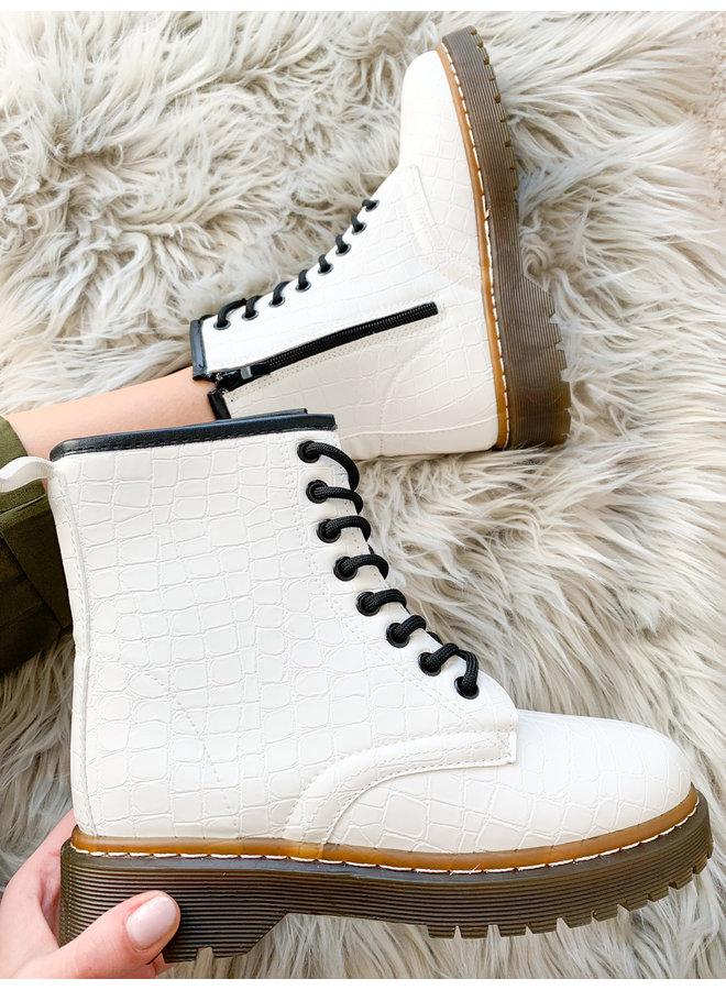 Balanna Burgundy Boots
