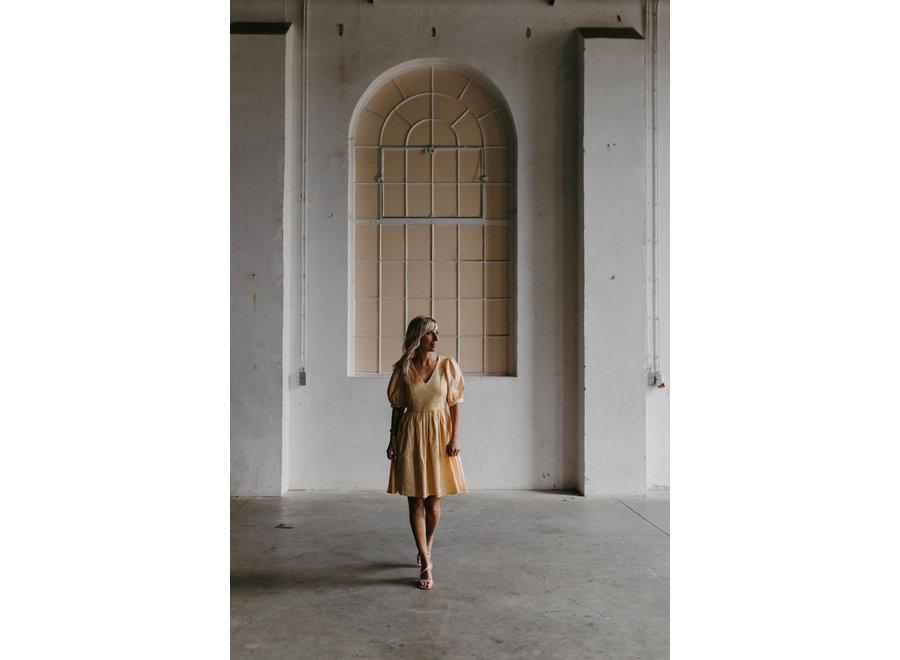 Joyce  Short Gown Color Gold