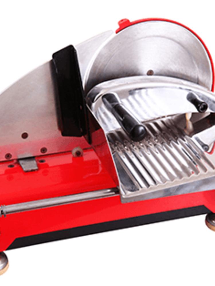 Service: Schinken mit Machine geschnitten