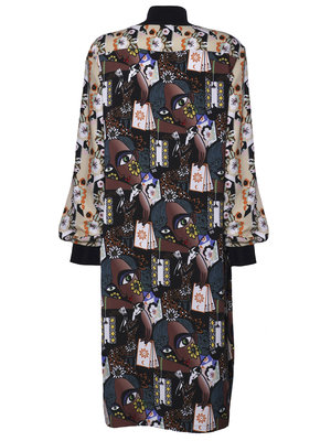 dress with print and slit at the sleeves