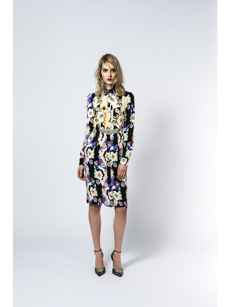 fitted dress with puff sleeves and floral motif