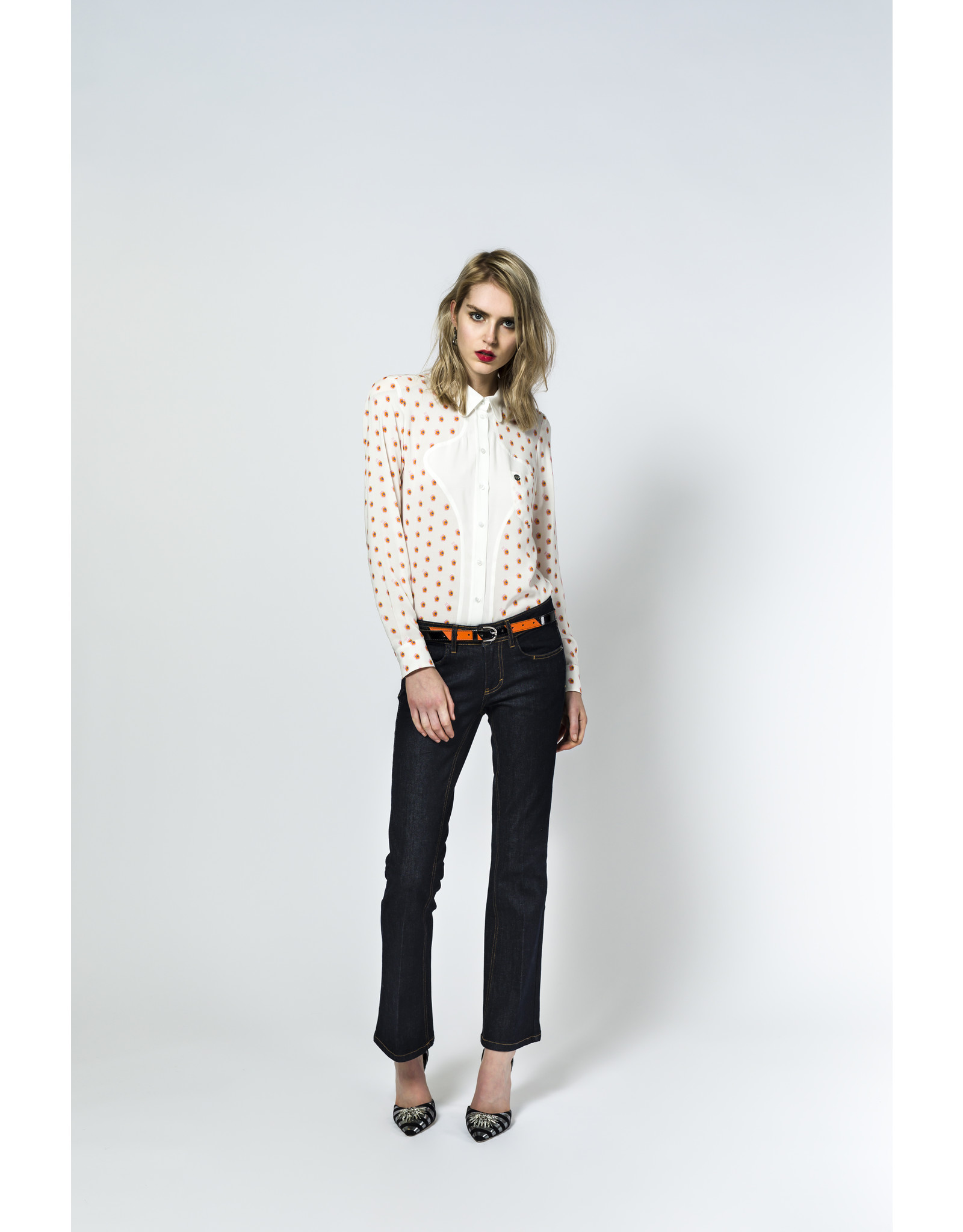 AW2021 121-B Hourglass Blouse