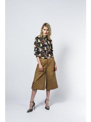 padded divided skirt