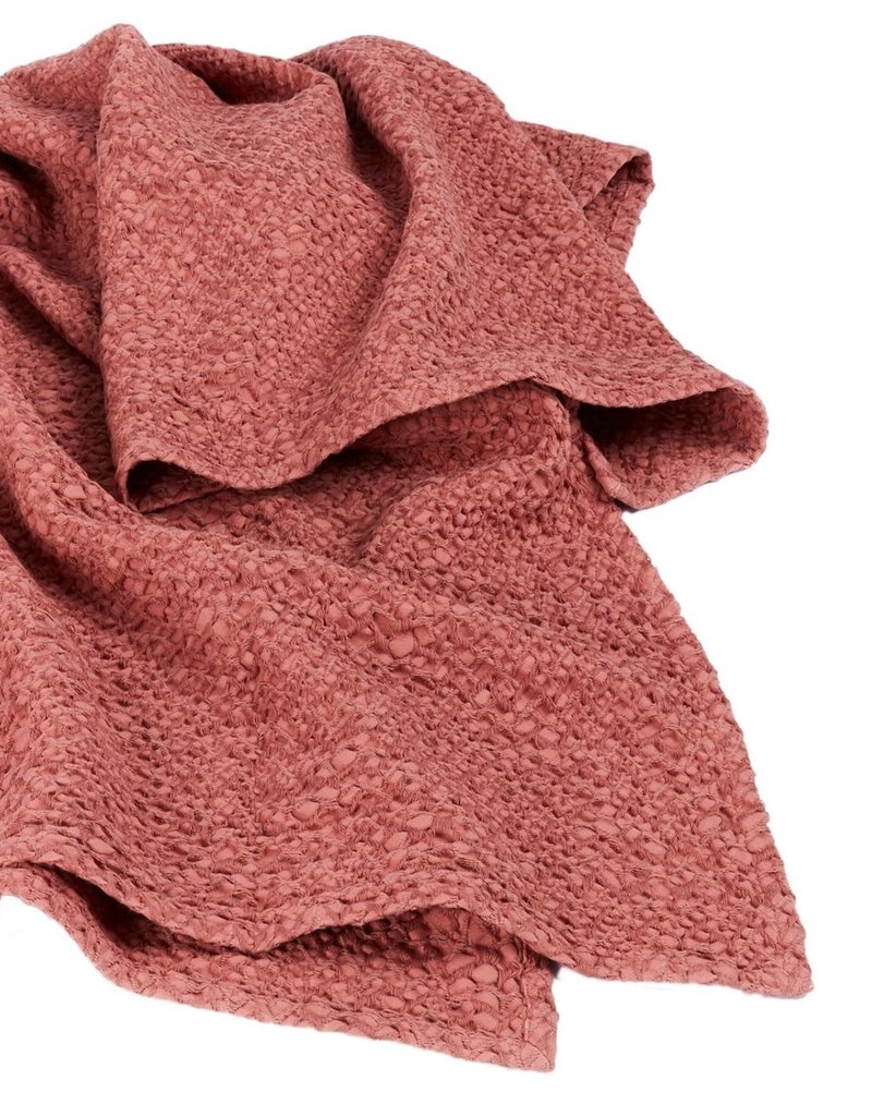 Mies & CO Subtile honeycomb blanket Vintage Cherry
