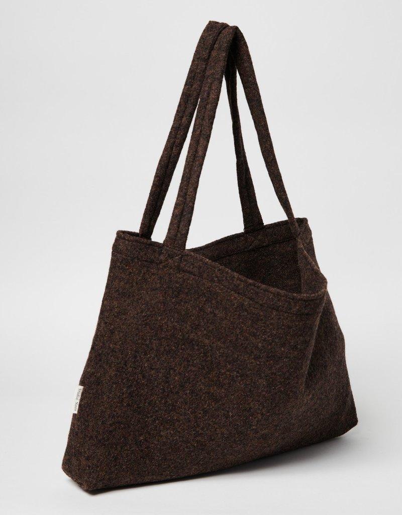 Studio Noos Wood woolish mom bag