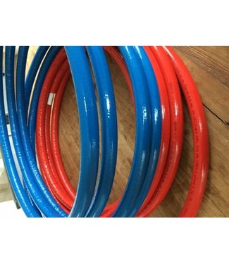 Uponor 25 m1 Uponor 16  in iso blauw 6 mm.