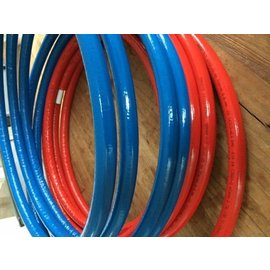 restlengte 25 m1 Uponor 25mm. in iso  4mm. rood