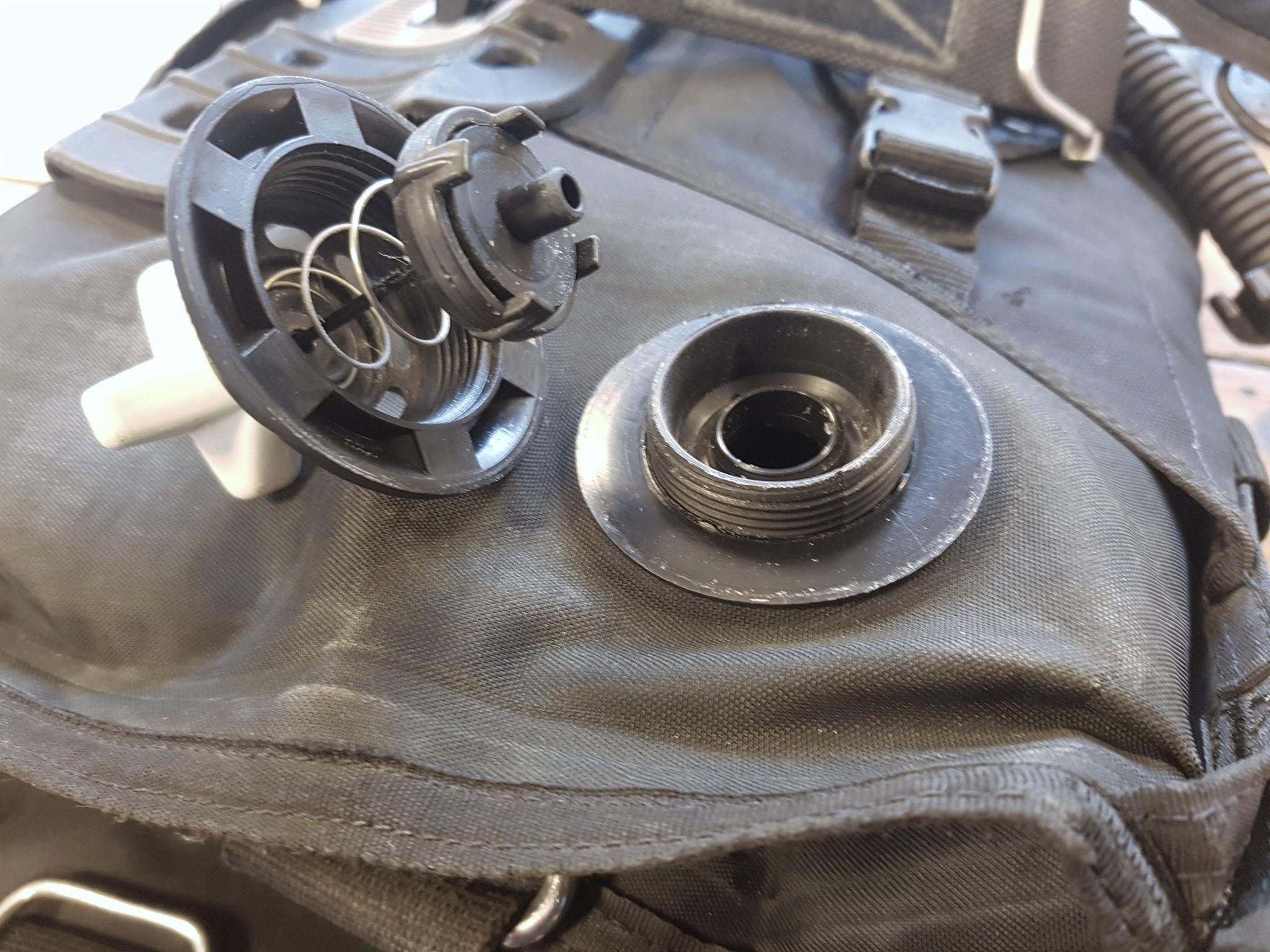 OPV ofwel dump valve van een trimvest
