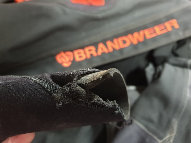 Drysuit repairs for Pro's, Fire fighters and sport divers