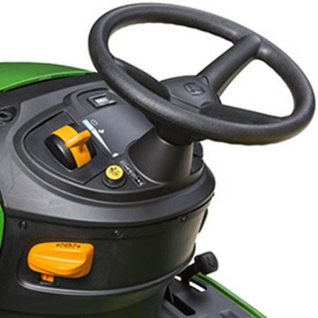 John Deere X106 Benzine Zitmaaier met maaidek (107cm)